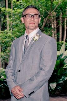 cedar creek lodges stacey paul wedding kiss the groom photographyu-0369
