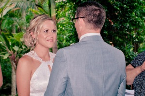 cedar creek lodges stacey paul wedding kiss the groom photographyu-0427
