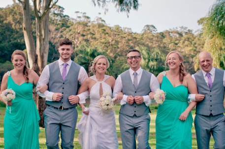 cedar creek lodges stacey paul wedding kiss the groom photographyu-0690