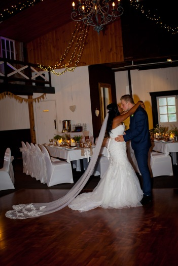 abbey at cobaki wedding brittany josh kiss the groom photography-0568