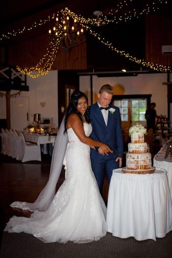 abbey at cobaki wedding brittany josh kiss the groom photography-0582