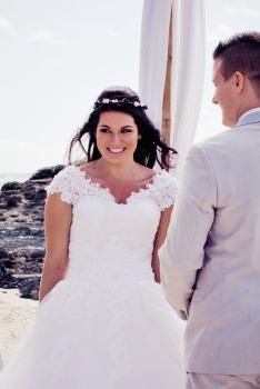 currumbin vikings wedding photographer olivia jayden kiss the groom-0541