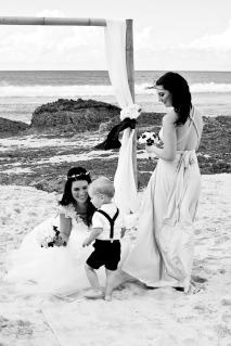 currumbin vikings wedding photographer olivia jayden kiss the groom-0749