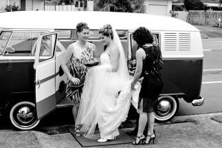 currumbin wedding jodi nat kiss the groom gold coast wedding photographer-0296