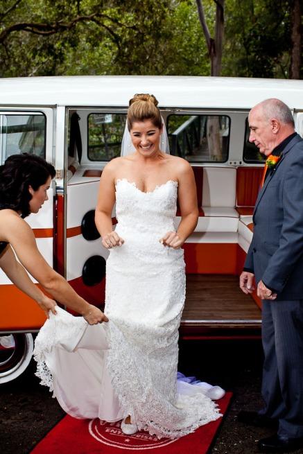currumbin wedding jodi nat kiss the groom gold coast wedding photographer-0310
