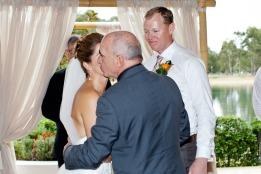 currumbin wedding jodi nat kiss the groom gold coast wedding photographer-0353