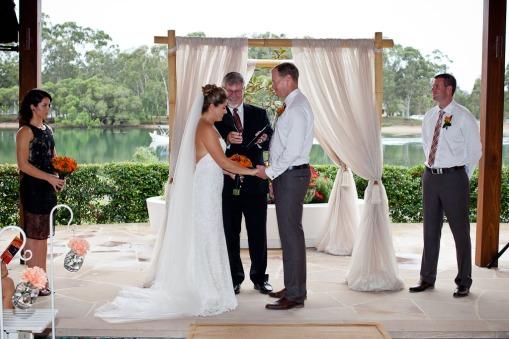 currumbin wedding jodi nat kiss the groom gold coast wedding photographer-0438