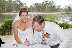 currumbin wedding jodi nat kiss the groom gold coast wedding photographer-0469