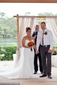 currumbin wedding jodi nat kiss the groom gold coast wedding photographer-0503