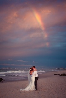 currumbin wedding jodi nat kiss the groom gold coast wedding photographer-0647