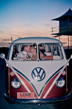 currumbin wedding jodi nat kiss the groom gold coast wedding photographer-0739