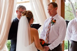 currumbin wedding jodi nat kiss the groom gold coast wedding photographer-15