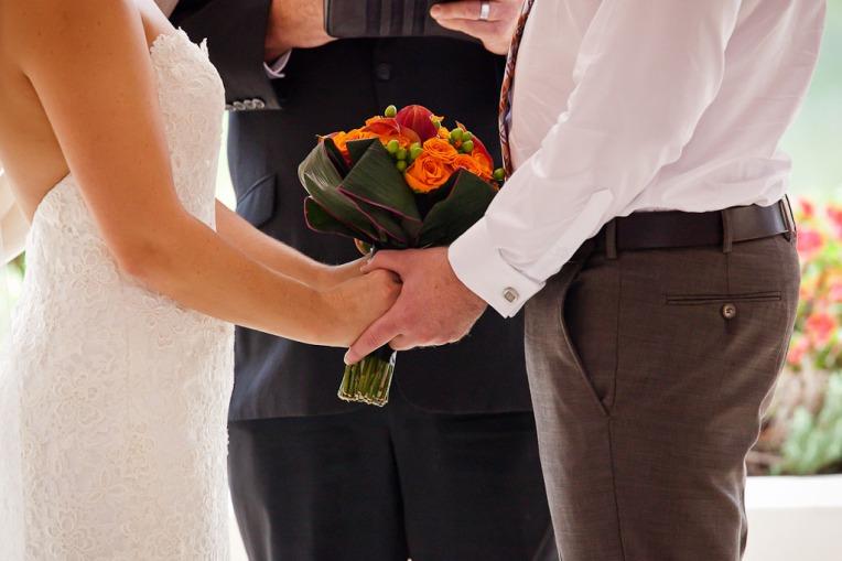 currumbin wedding jodi nat kiss the groom gold coast wedding photographer-6