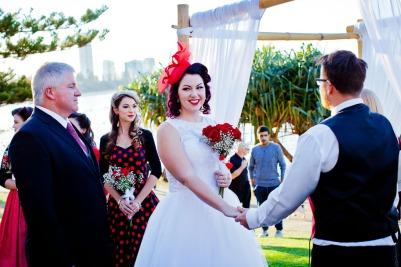 burleigh-heads-wedding-nikita-kyle-kiss-the-groom-photography-0550
