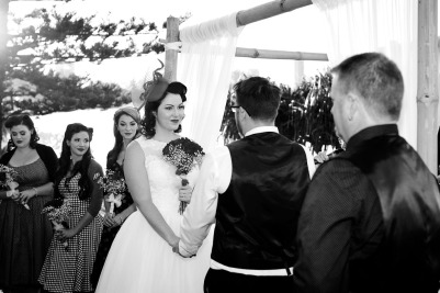 burleigh-heads-wedding-nikita-kyle-kiss-the-groom-photography-0586