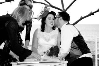 burleigh-heads-wedding-nikita-kyle-kiss-the-groom-photography-0688
