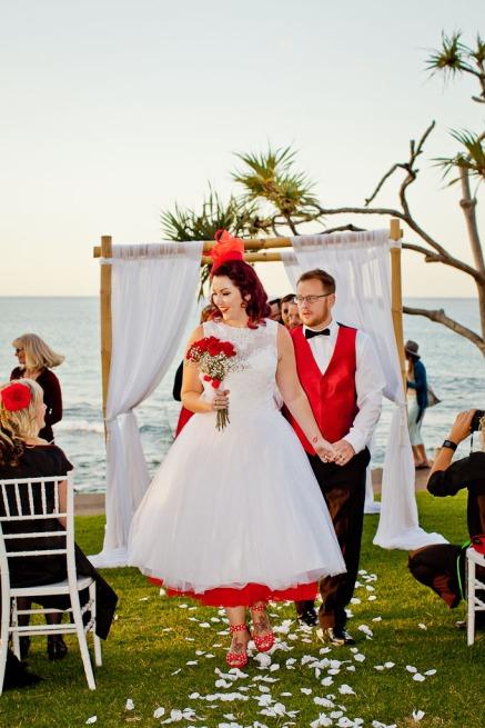 burleigh-heads-wedding-nikita-kyle-kiss-the-groom-photography-0715