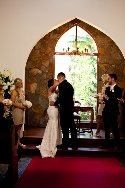 coolibah-downs-wedding-mel-alan-kiss-the-groom-photography-0455