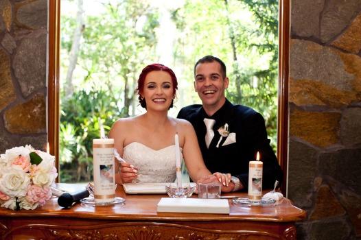 coolibah-downs-wedding-mel-alan-kiss-the-groom-photography-0487