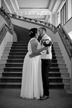 marriot-hotel-wedding-michelle-jade-kiss-the-groom-photography-0274