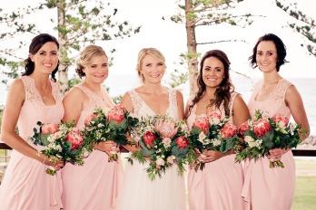 burleigh-heads-wedding-libby-wayne-kiss-the-groom-photography-0316