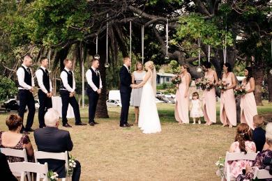 burleigh-heads-wedding-libby-wayne-kiss-the-groom-photography-0446