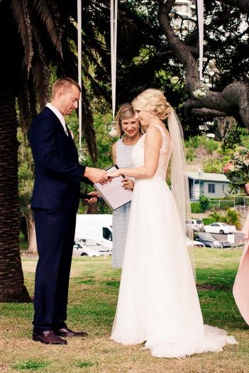 burleigh-heads-wedding-libby-wayne-kiss-the-groom-photography-0487