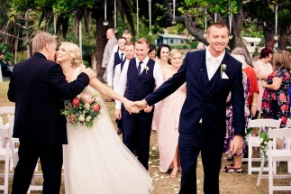 burleigh-heads-wedding-libby-wayne-kiss-the-groom-photography-0558