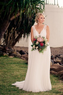 burleigh-heads-wedding-libby-wayne-kiss-the-groom-photography-0646