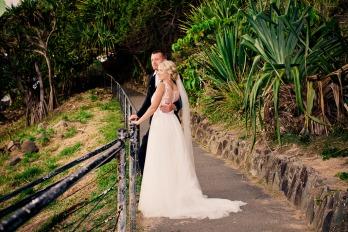 burleigh-heads-wedding-libby-wayne-kiss-the-groom-photography-0792