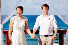 pat-fagan-park-kirra-beach-wedding-kiss-the-groom-photography-0525