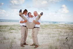 pat-fagan-park-kirra-beach-wedding-kiss-the-groom-photography-0727