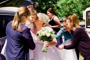 cedar-creek-winery-estate-wedding-kiss-the-groom-photography-10
