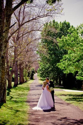 cedar-creek-winery-estate-wedding-kiss-the-groom-photography-65