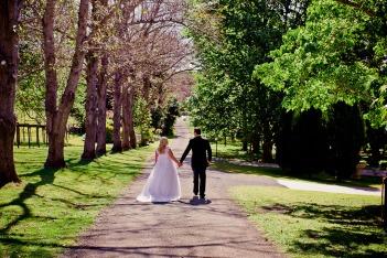 cedar-creek-winery-estate-wedding-kiss-the-groom-photography-67