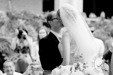 lakelands golf club wedding talia tim kiss the groom-21