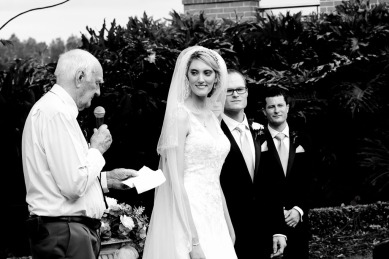 lakelands golf club wedding talia tim kiss the groom-22