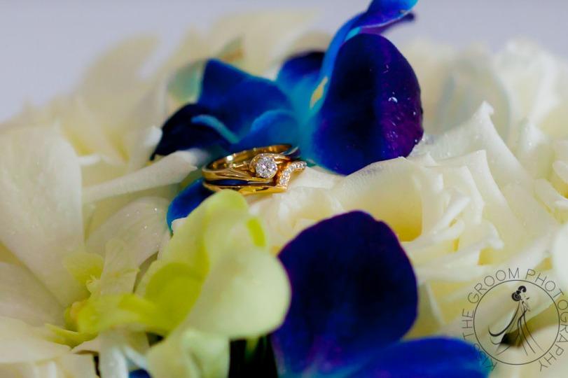 lakelands golf club wedding talia tim kiss the groom-8