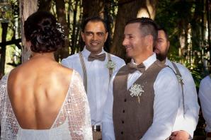 andi matt kiss the groom gold coast photographer-0372