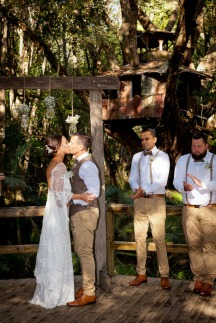 andi matt kiss the groom gold coast photographer-0388