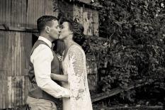 andi matt kiss the groom gold coast photographer-0804