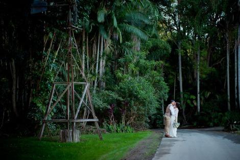 andi matt kiss the groom gold coast photographer-0941