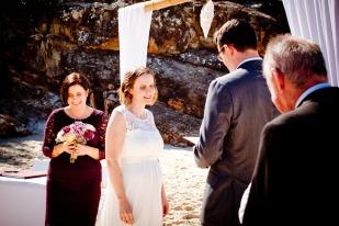 burleigh heads wedding kiss the groom-0155