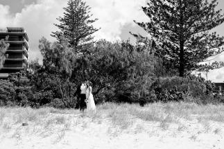 burleigh heads wedding kiss the groom-0532