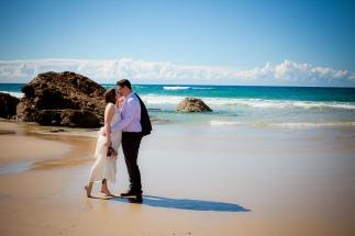 burleigh heads wedding kiss the groom-0559