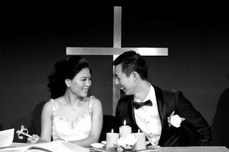 gold coast wedding kiss the groom photography-0539