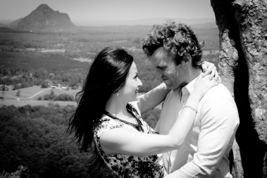 maleny one tree hill engagement shoot ben nataliya kiss the groom-0050