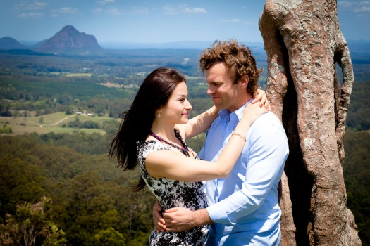 maleny one tree hill engagement shoot ben nataliya kiss the groom-0054
