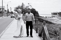 currumbin vikings wedding jodie matt kiss the groom-0886
