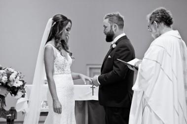 tweed heads wedding rachel pat kiss the groom-0102